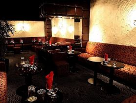 Lu's Luxe Lounge(ルーズリュクスラウンジ) 神田ラウンジ SHOP GALLERY 1