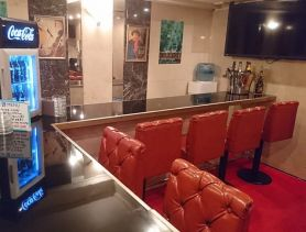Premium Bar Red Carpet(レッドカーペット) 赤坂ガールズバー SHOP GALLERY 3
