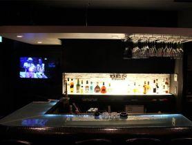 Girl's Bar DEN~デン~ 六本木ガールズバー SHOP GALLERY 1
