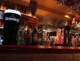 Bar LOL(エルオーエル) 歌舞伎町ガールズバー SHOP GALLERY 3