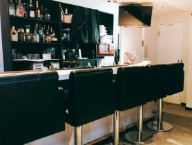 BLESS~ブレス~ 歌舞伎町ガールズバー SHOP GALLERY 1