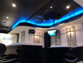 Girl's Bar HYBRID(ガールズバーハイブリッド) 八王子ガールズバー SHOP GALLERY 3