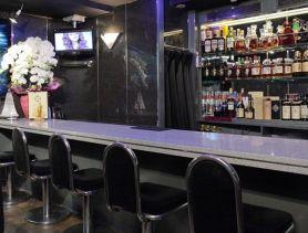 Girl's Bar AURORA (アウロラ) 新橋ガールズバー SHOP GALLERY 1