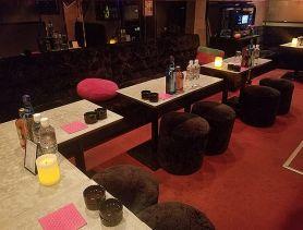 PUB CLUB Strawberry(パブクラブ ストロベリー) 神田パブクラブ SHOP GALLERY 2