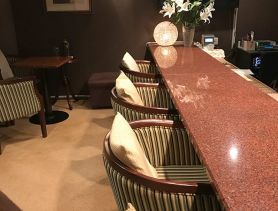 Lounge Louis Lcart(ルイ・イカール) 池袋スナック SHOP GALLERY 1