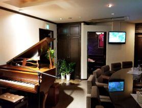 Piano Bar Muse(ミューズ) 流川スナック SHOP GALLERY 1