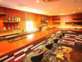 BAR SELECT TOKYO(セレクトトウキョウ) 六本木ガールズバー SHOP GALLERY 1