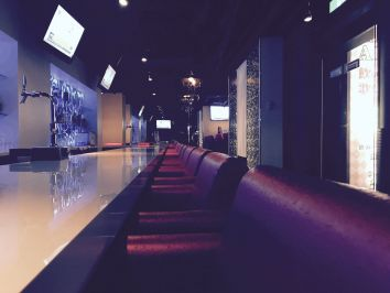Girls Bar ALICE<ガールズバー アリス> 歌舞伎町 ガールズバー バナー