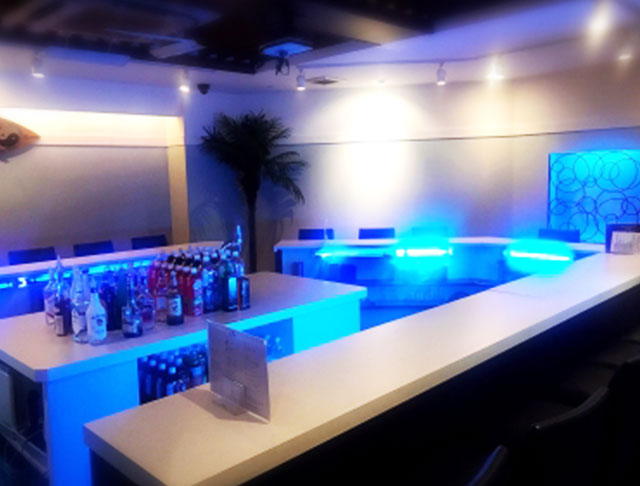 Tokyo White Beach・Resort Style Tokyo 池袋 ガールズバー SHOP GALLERY 3