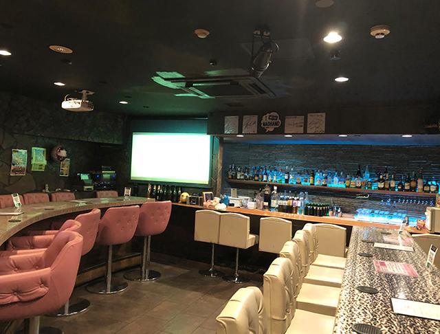 Bar PREMIUM<プレミアム> 上野 ガールズバー SHOP GALLERY 1