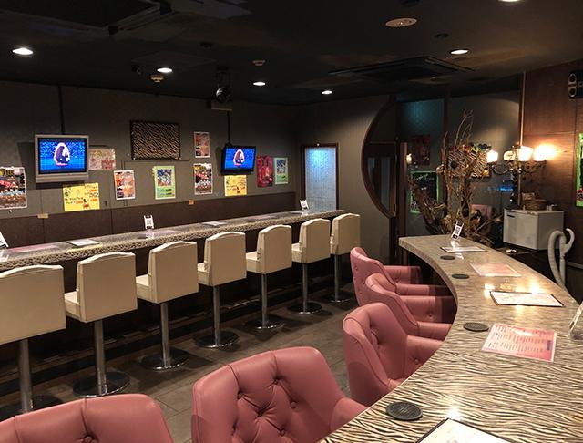 Bar PREMIUM<プレミアム> 上野 ガールズバー SHOP GALLERY 2