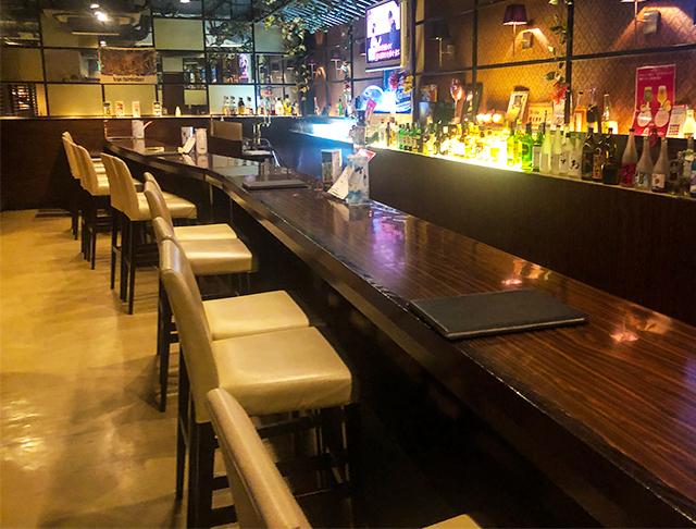 Stylish Bar EVE<スタイリッシュバー・イヴ> 池袋 ガールズバー SHOP GALLERY 1