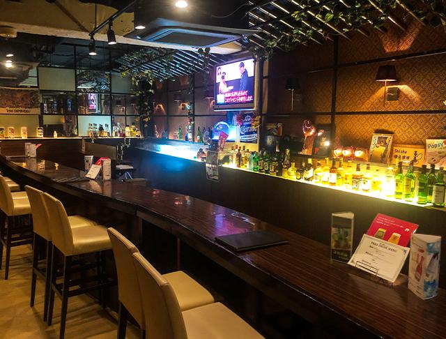 Stylish Bar EVE<スタイリッシュバー・イヴ> 池袋 ガールズバー SHOP GALLERY 3