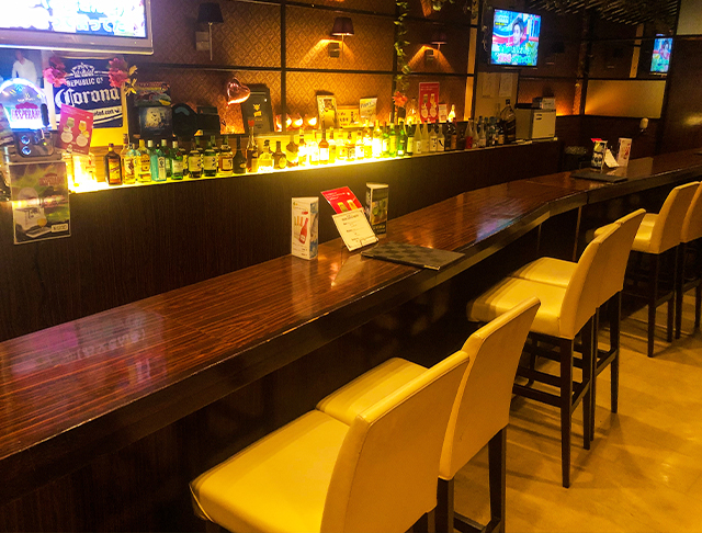 Stylish Bar EVE<スタイリッシュバー・イヴ> 池袋 ガールズバー SHOP GALLERY 4