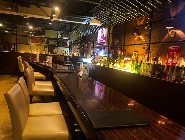 Stylish Bar EVE<スタイリッシュバー・イヴ> 池袋 ガールズバー SHOP GALLERY 5