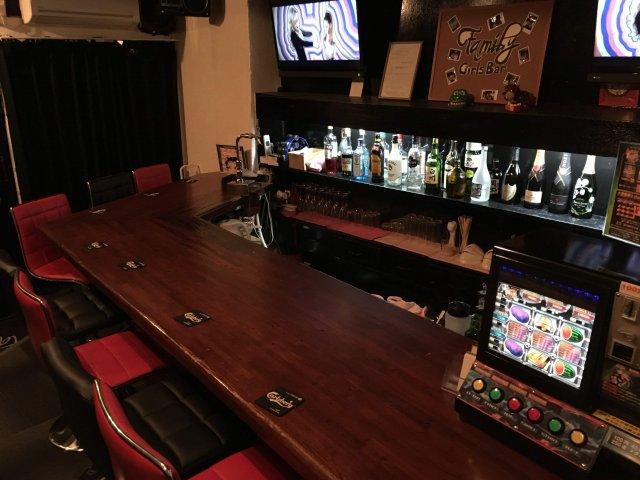 Girl's Bar Family<ガールズバー ファミリー> 高円寺 ガールズバー SHOP GALLERY 3