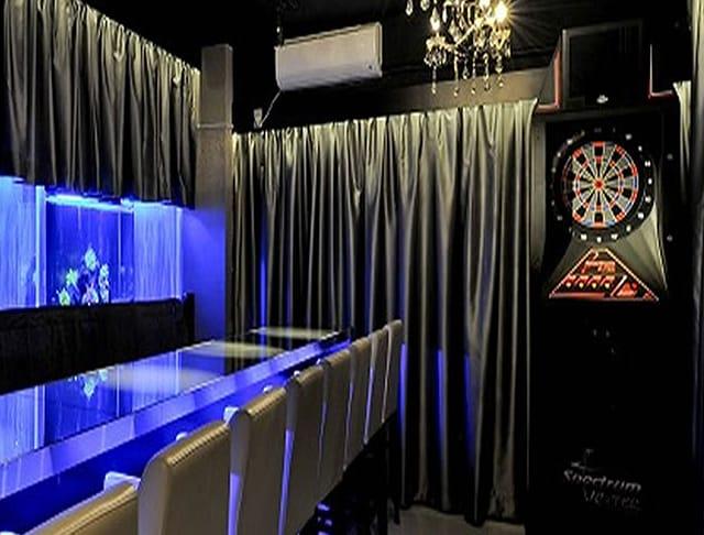 Lady's Dining Bar NeoCarat <ネオキャラット> 自由が丘 ガールズバー SHOP GALLERY 2