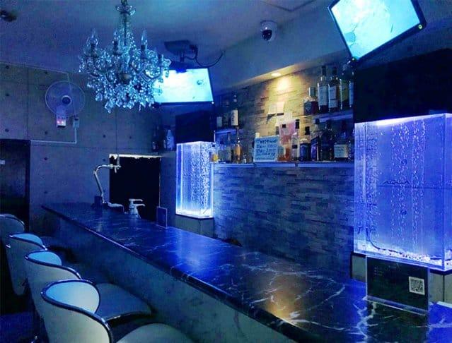 AQUA Girls Bar鶴見店<アクアガールズバー> 川崎 ガールズバー SHOP GALLERY 2