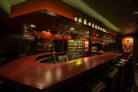 Wine Girl's Bar Ma Cherie<ワインガールズバー マシェリ>(銀座ガールズバー)のバイト求人・体験入店情報