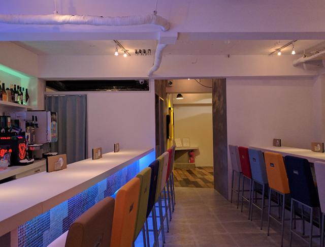 Girls Bar Lounge smile<スマイル> 上野 ガールズバー SHOP GALLERY 1