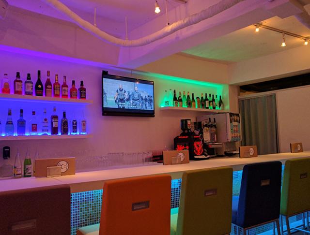 Girls Bar Lounge smile<スマイル> 上野 ガールズバー SHOP GALLERY 2