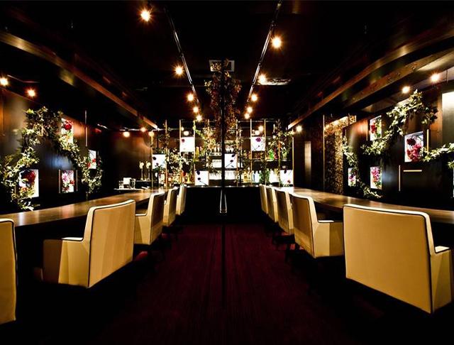 Girls Bar Roys<ガールズバー ロイズ> 五反田 ガールズバー SHOP GALLERY 1