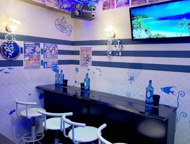 Blue Sub MARINE 本部<ブルーサブマリン> 八王子 ガールズバー SHOP GALLERY 2