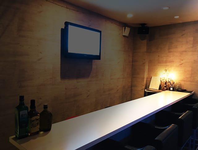 Bar Vivace<ヴィヴァーチェ> 自由が丘 ガールズバー SHOP GALLERY 1
