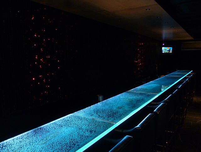 Bar BLASE<バー ブラーゼ> 六本木 ガールズバー SHOP GALLERY 1