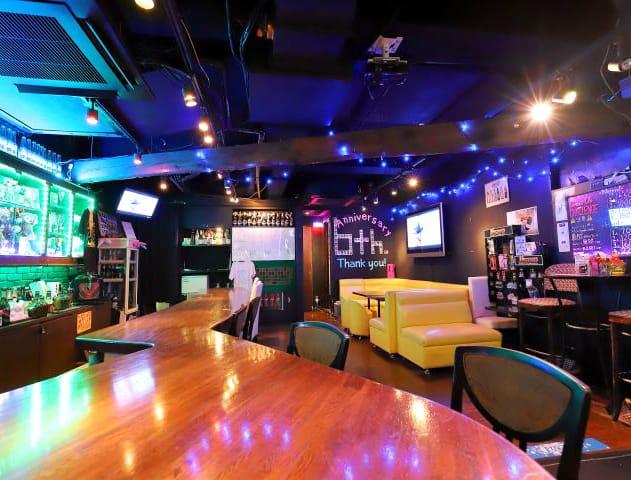 『朝』Girl's Bar Honey<ハニー> 歌舞伎町 ガールズバー SHOP GALLERY 1