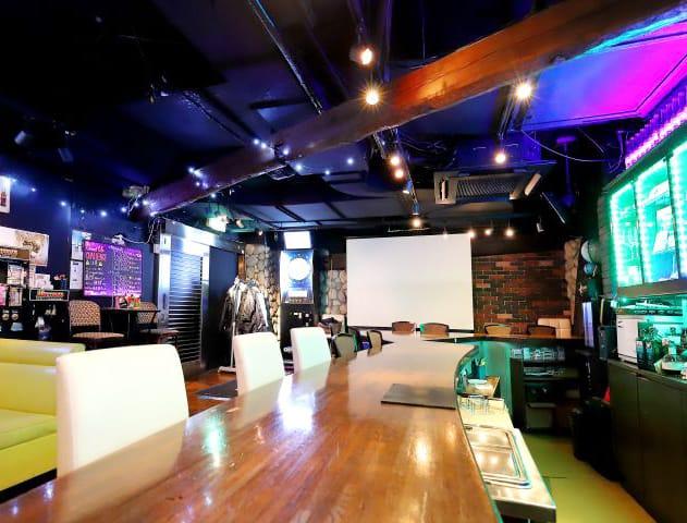 『朝』Girl's Bar Honey<ハニー> 歌舞伎町 ガールズバー SHOP GALLERY 3