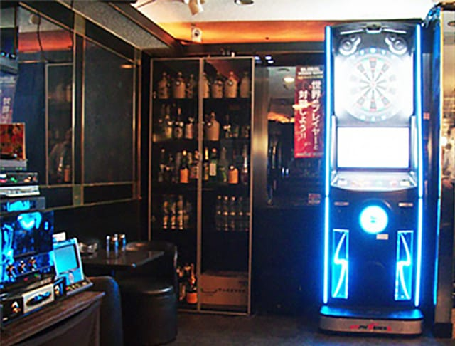Bar LOL<バー エルオーエル> 歌舞伎町 ガールズバー SHOP GALLERY 4