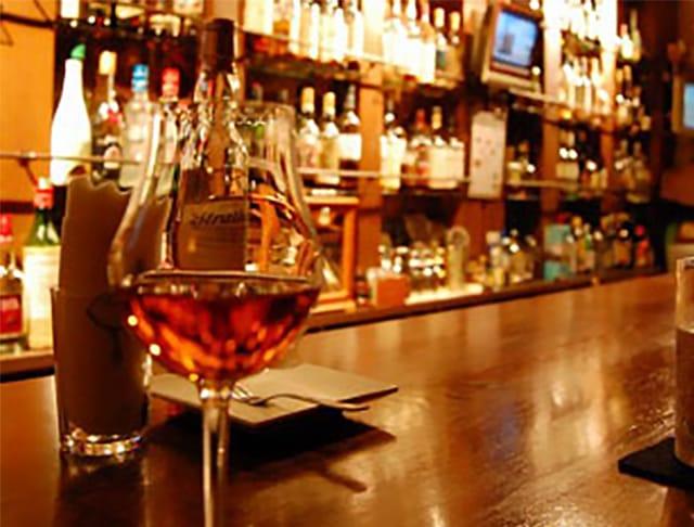 Bar LOL<バー エルオーエル> 歌舞伎町 ガールズバー SHOP GALLERY 5
