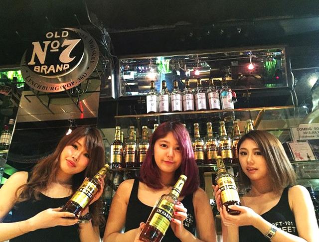 BAR LOFT101<バー ロフト> 川崎店 川崎 ガールズバー SHOP GALLERY 3