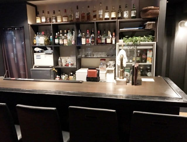 Bar Alice in shibuya<バー アリス イン シブヤ> 渋谷 ガールズバー SHOP GALLERY 1