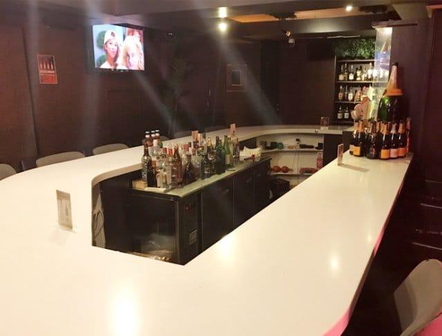 Girl's Bar M's<エムズ> 六本木 ガールズバー SHOP GALLERY 2