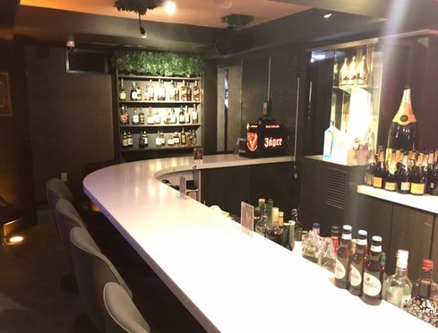 Girl's Bar M's<エムズ> 六本木 ガールズバー SHOP GALLERY 3
