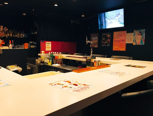 Bacchus<バッカス> 歌舞伎町 ガールズバー SHOP GALLERY 4