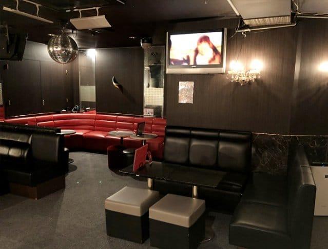 Girl's Bar MINK<ガールズバーミンク> 八王子 ガールズバー SHOP GALLERY 2