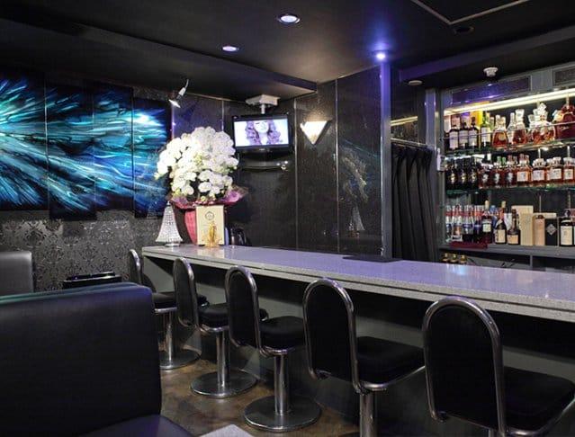 Girl's Bar AURORA<アウロラ> 新橋 ガールズバー SHOP GALLERY 1