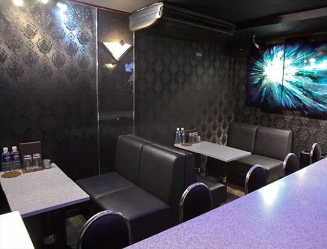 Girl's Bar AURORA<アウロラ> 新橋 ガールズバー SHOP GALLERY 4