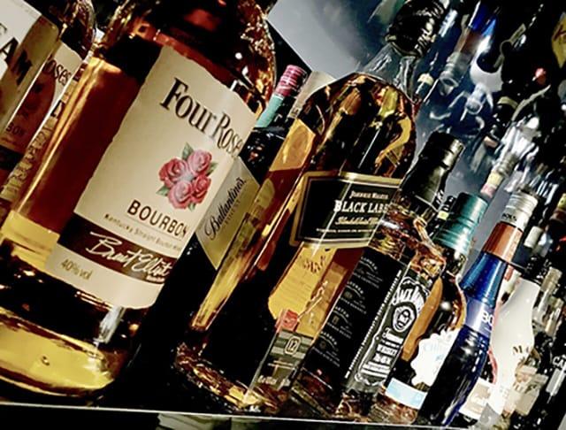Girl's Bar WILD<ワイルド> 錦糸町 ガールズバー SHOP GALLERY 3
