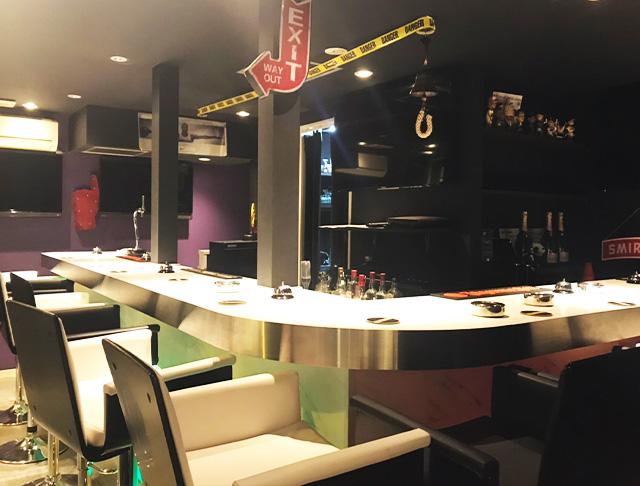 OBLONG Bar CHOFU<オブロングバー> 調布 ガールズバー SHOP GALLERY 3