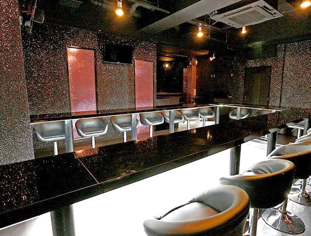 Girl's Bar LOVE SUN<ラブサン> 吉祥寺 ガールズバー SHOP GALLERY 1
