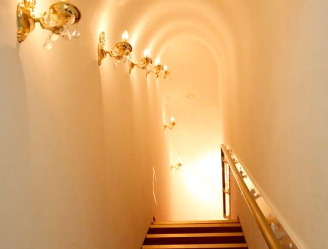 Chateau Ravine<シャトー・ラヴィーヌ> 渋谷 ガールズバー SHOP GALLERY 1