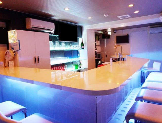 Bar Avenir<アベニール> 渋谷 ガールズバー SHOP GALLERY 1