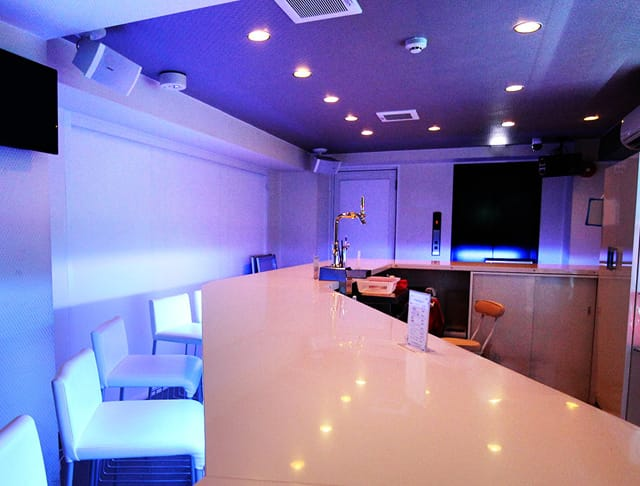 Bar Avenir<アベニール> 渋谷 ガールズバー SHOP GALLERY 2