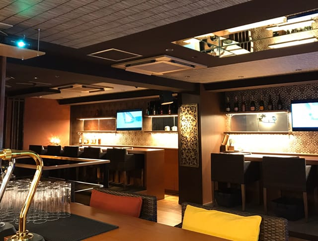 Girl's Bar Resort 2nd<リゾートセカンド> 池袋 ガールズバー SHOP GALLERY 3