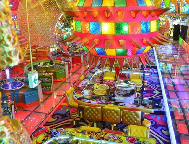 ギラギラガールズ 歌舞伎町 ガールズバー SHOP GALLERY 4