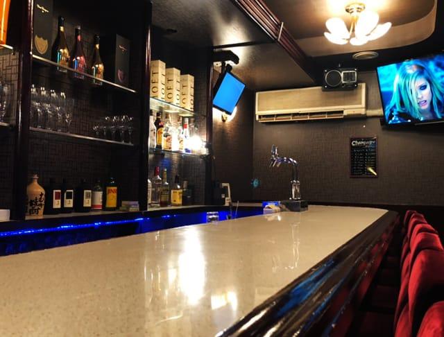 Bar&Cafe L<エル> 上野 ガールズバー SHOP GALLERY 1